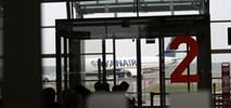 Jaki wariant połączenia kolejowego do lotniska w Modlinie?