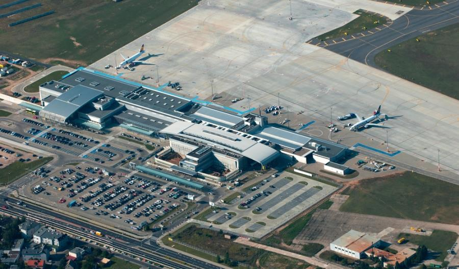 Jaśkowiak: Airport Poznań grozi upadłość. Zwolnienia są nieuniknione