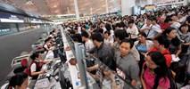 Olbrzymie kolejki na lotniskach. To efekt wzmocnienia granic strefy Schengen