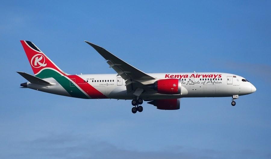 IATA alarmuje: Pandemia poważnie zagraża lotnictwu i gospodarce Afryki