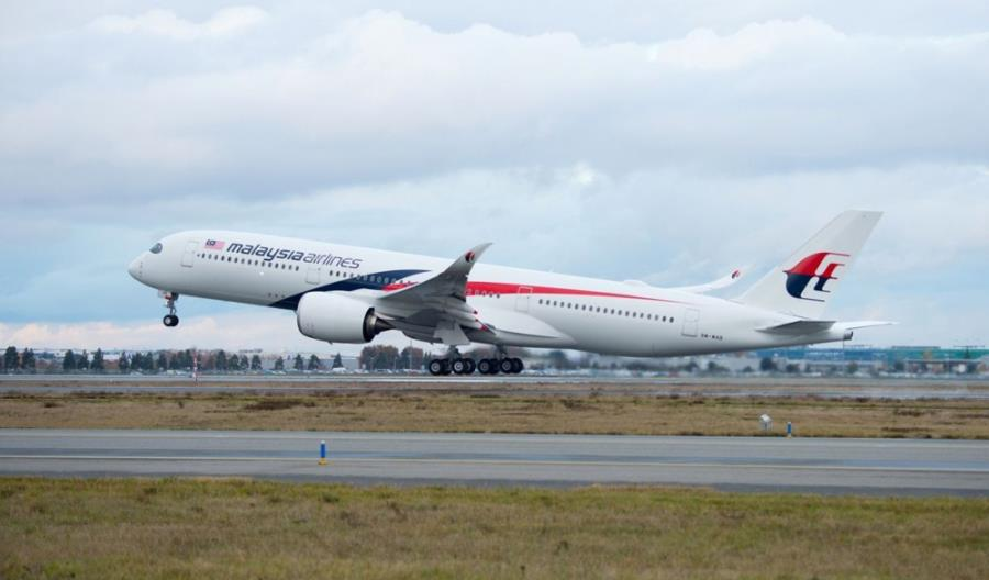 800 milionów euro dla Malaysia Airlines. Linie są zabezpieczone co najmniej na 4 lata