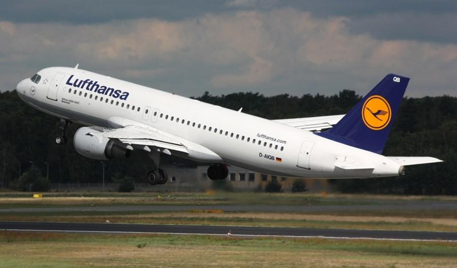 """Lufthansa zawiesi loty do października? """"To nieoficjalna publikacja"""""""