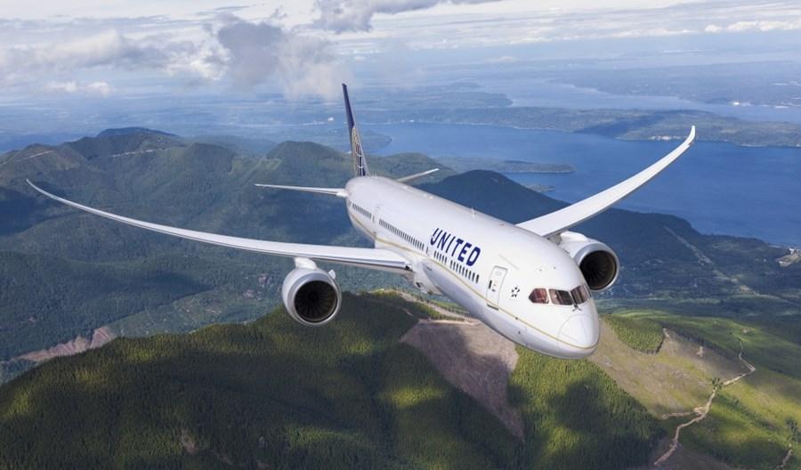 Londyn traci trasy UA do Denver i Houston, cięcia uderzyły znów w Edynburg