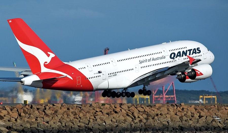 Qantas i Jetstar zawieszają loty międzynarodowe
