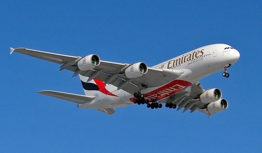 A380 obsłuży w sierpniu rejsy Emirates do Amsterdamu i Londynu