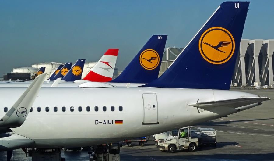 Lufthansa odda 24 sloty konkurentom we Frankfurcie i Monachium