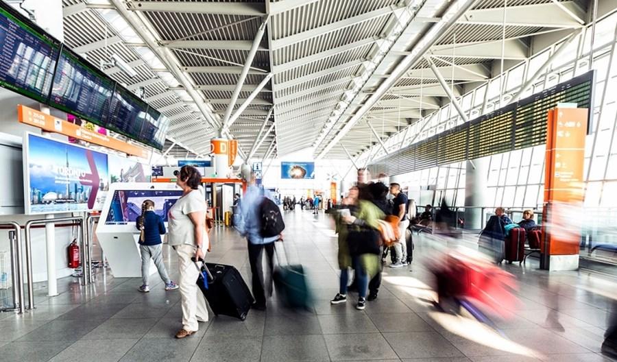 Wirus z Chin. Nowe środki bezpieczeństwa na Lotnisku Chopina