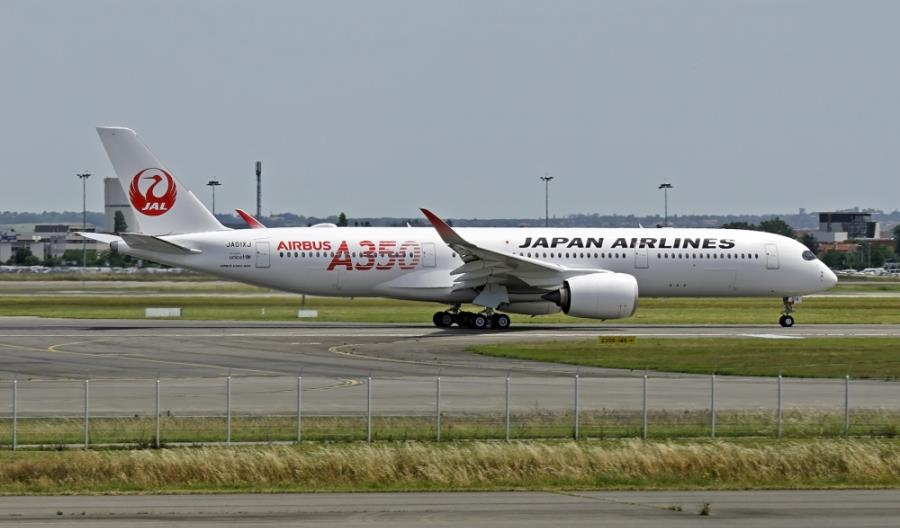 JAL wycofa do 2023 r. boeingi 777 obsługujące loty krajowe. Zastąpią je airbusy A350-900