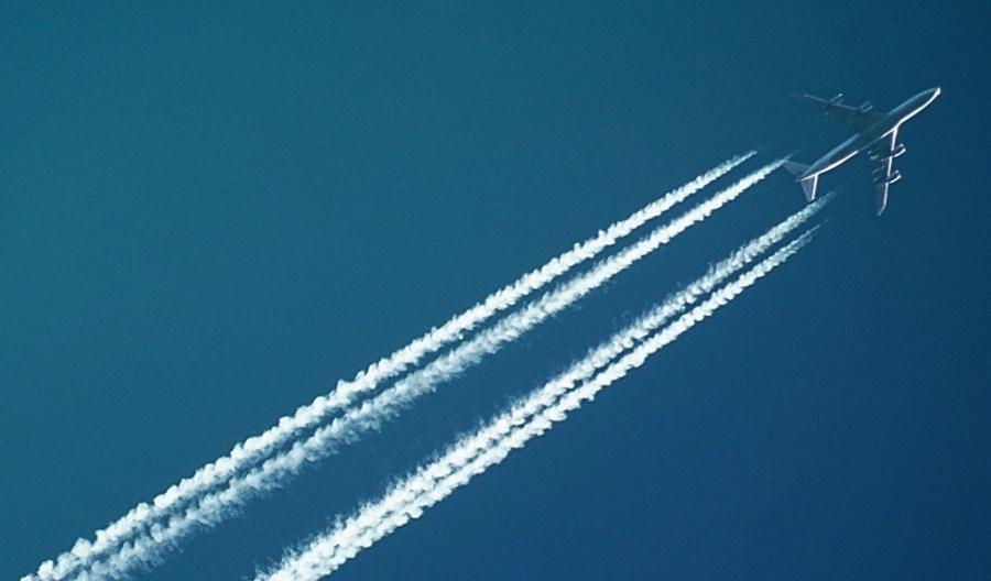 Gorzej przewidujemy pogodę przez brak samolotów na niebie