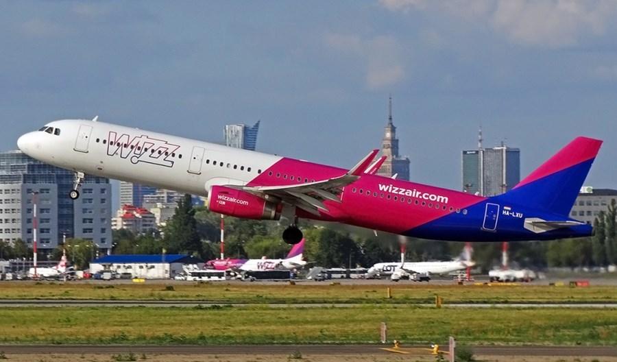 """Wizz Air zwolni tysiąc pracowników. """"Najczarniejszy dzień w historii linii"""""""
