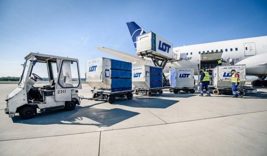 IATA: Wojna handlowa USA – Chiny uderza w lotnicze cargo
