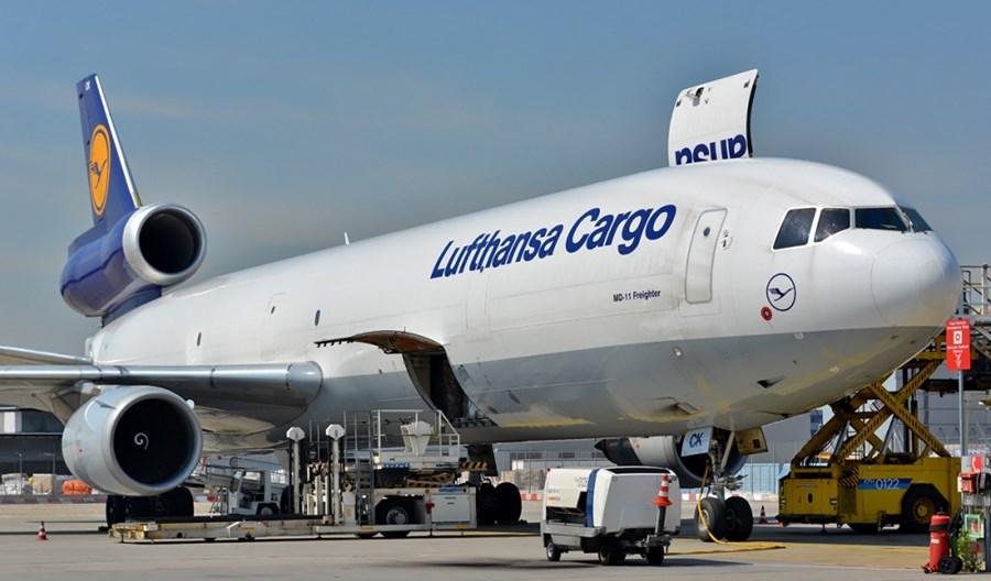 IATA: Niewielka poprawa cargo, uziemione samoloty hamują rozwój rynku