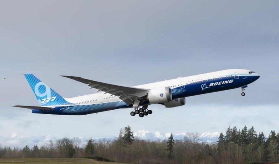 Boeing potwierdził opóźnienia dostaw 777X i koniec produkcji 747