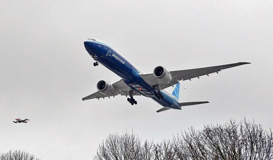 Pandemia uderzyła w producentów i dostawców samolotów