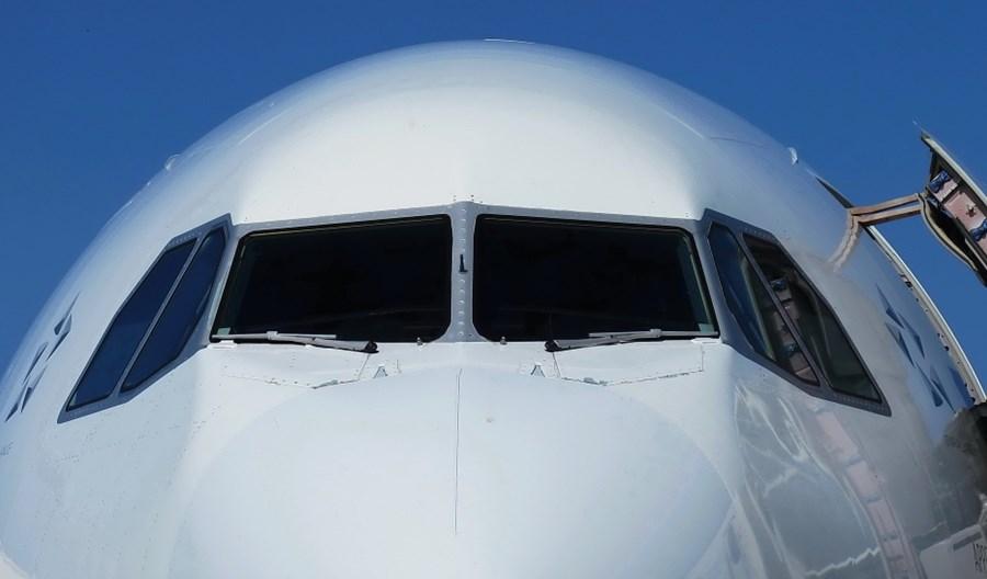Koronawirus. Uziemionych prawie 18 tys. samolotów na całym świecie