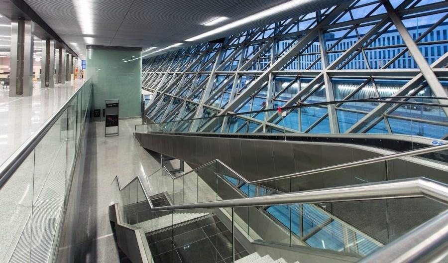 Kraków Airport po wznowieniu lotów. Nowoczesne środki bezpieczeństwa (Relacja)