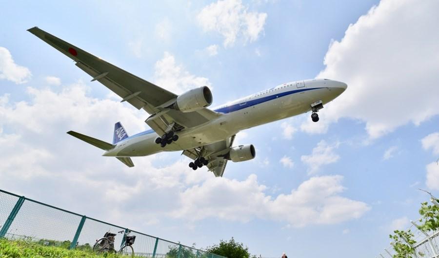 Lotnicze przewozy towarowe podrożeją na Święta