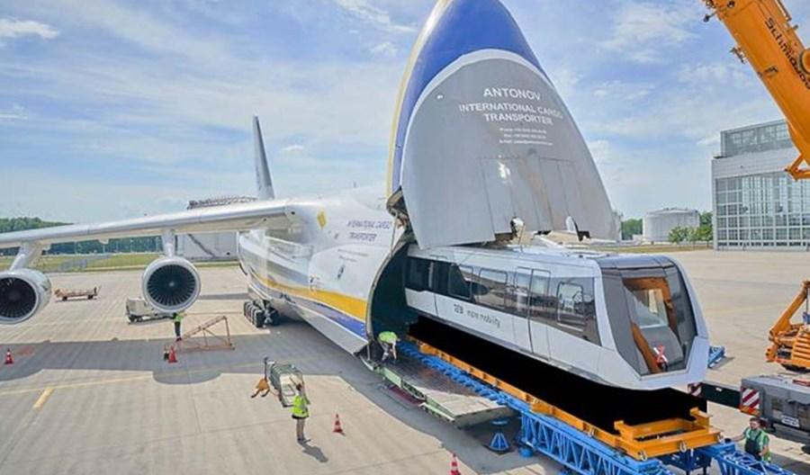 Rusłan An-124 doleciał do Chin z pociągami maglev z Niemiec