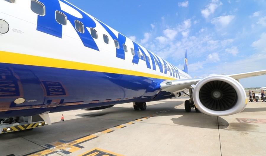 Ryanair redukuje 20 proc. lotów. Winne m.in. ograniczenia w Irlandii