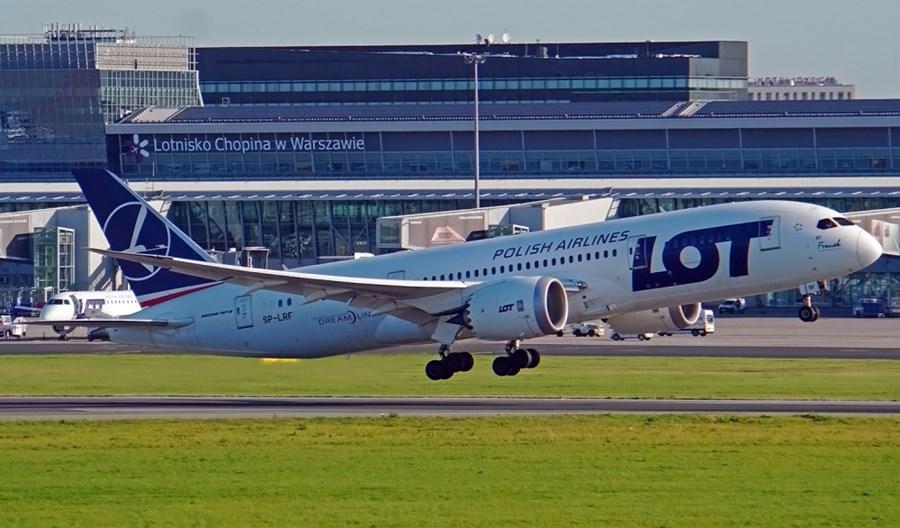 LOT przebazował trzy Dreamlinery do Rzeszowa