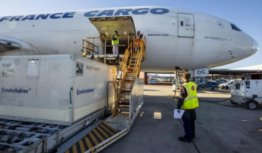 Paryż: Społeczność cargo przygotowuje się do dystrybucji szczepionek