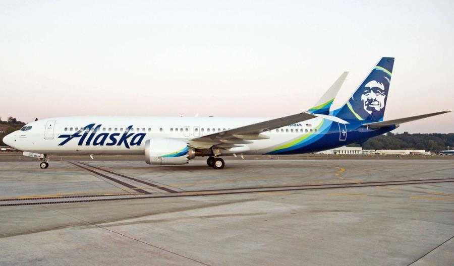 Alaska Airlines zwiększy flotę o 30 samolotów. Zasilą ją kolejne boeingi 737 MAX oraz embraery E175