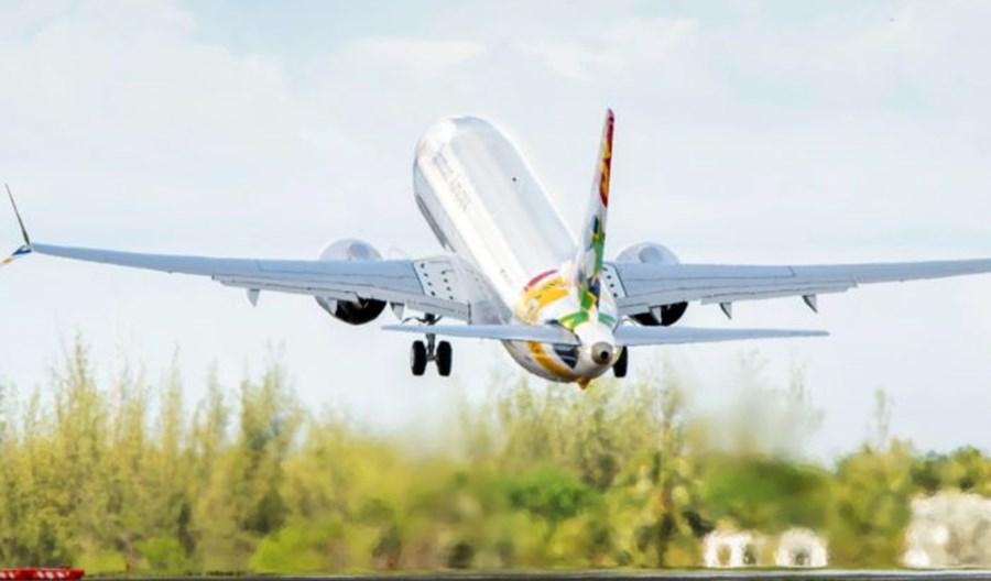 Cayman Airlines wznowią loty boeingami 737-8, ale już nie MAX