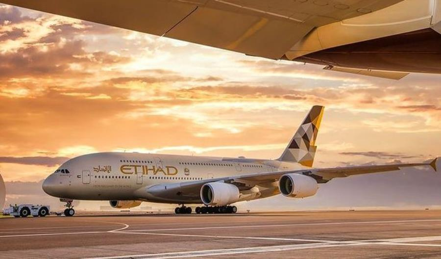 Etihad Airways stawiają na Dreamlinery. Wątpliwy powrót A380