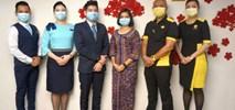 Singapore Airlines chwalą się rejsami z podwójnie zaszczepioną załogą