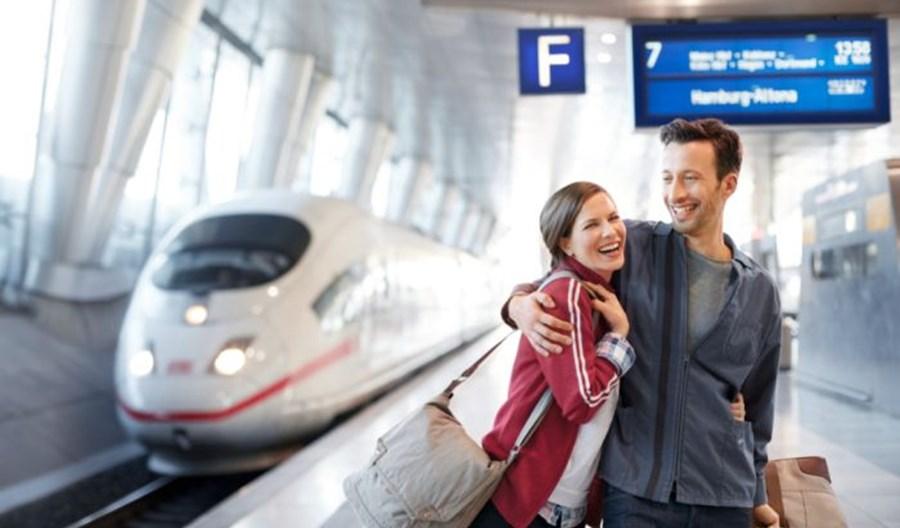 Niemcy planują przesunąć 20 proc. podróży lotniczych na kolej