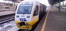 Ukraina: Lotniskowy pociąg przewiózł ewakuowanych ze Strefy Gazy