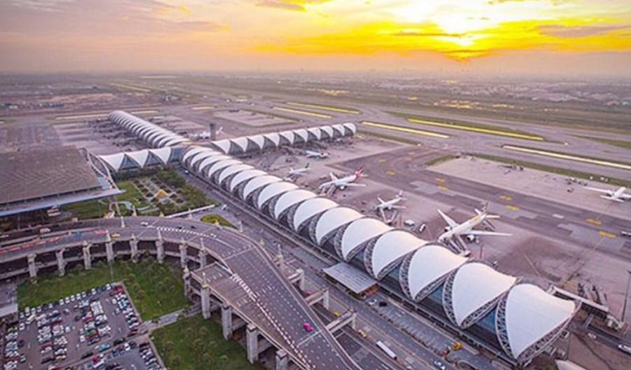 Szpital polowy w terminalu lotniska w Bangkoku?