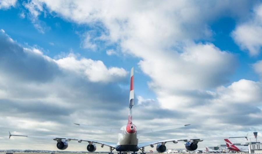 Kolejne złe prognozy IATA. Wzrost cen paliwa i niski wskaźnik wypełnienia samolotów