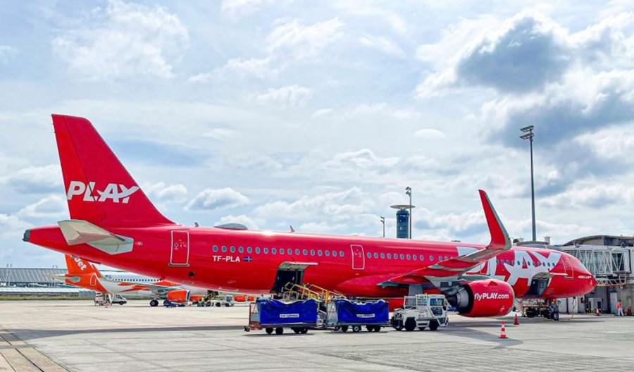 PLAY złożył wniosek o pozwolenie na loty do USA. 9899 pasażerów w lipcu