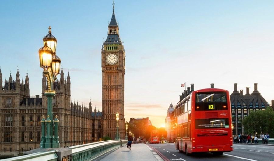 Nowe zasady wjazdu do Anglii w związku z koronawirusem. Zmiany już od października