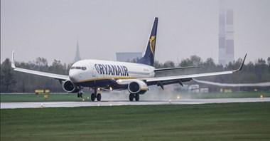 Ryanair odpowiada: Zatrudniamy w Polsce 900 członków załogi