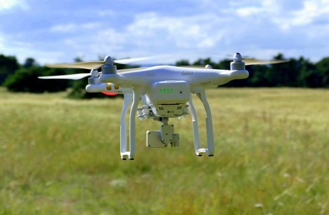 Samson: Potrzebne są regulacje w sprawie dronów