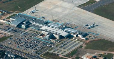 Poznańskie lotnisko do rozbudowy? Obecnie nie ma takiej potrzeby