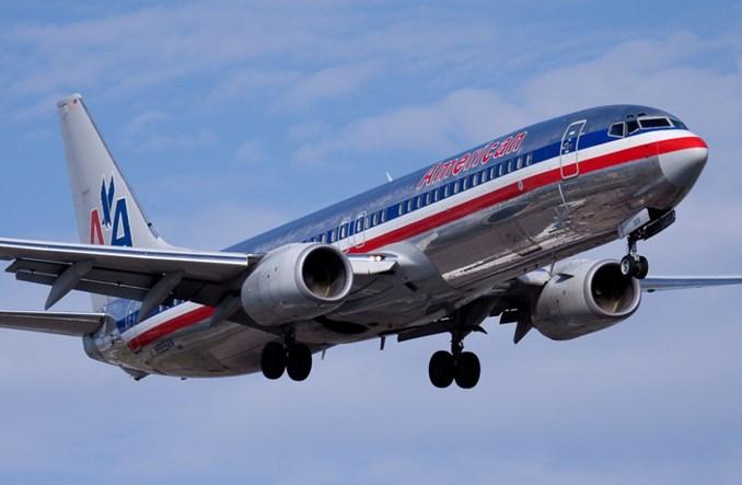Przez błąd komputera American Airlines przyznały urlopy pilotom