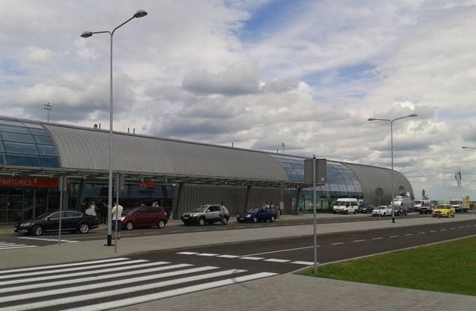 Modlin: Ruch pasażerski rośnie, rozbudowa lotniska powinna trwać od dawna