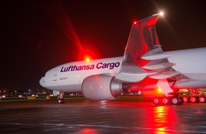 IATA: Rośnie lotniczy ruch cargo na świecie