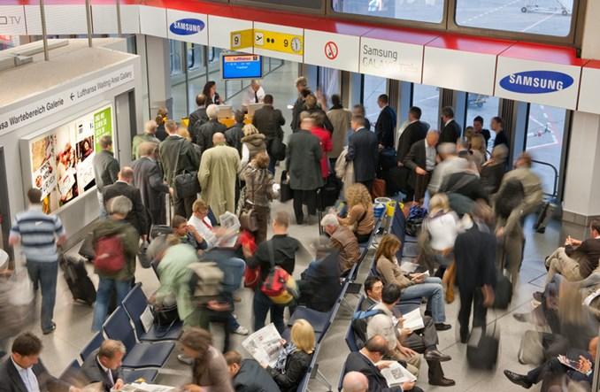Setki odwołanych lotów w Niemczech. Strony wrócą do rozmów 23 stycznia