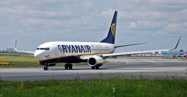 Ryanair szkoli nowych pilotów, tymczasem strajki wciąż trwają