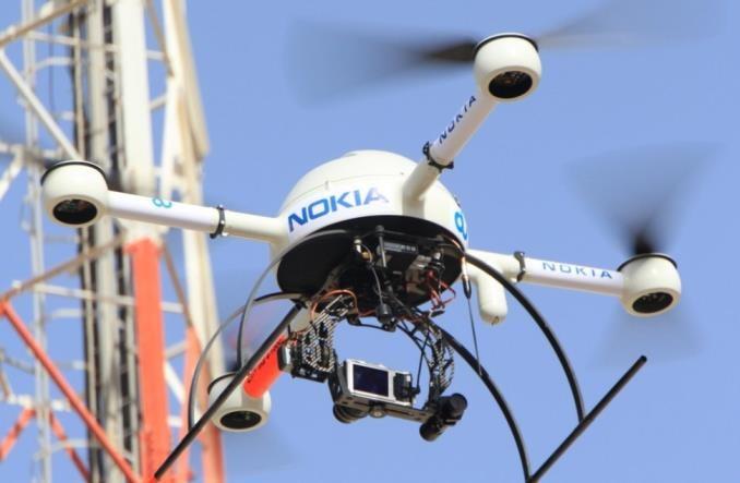 Jak drony mogą pomagać w ratowaniu ludzi?
