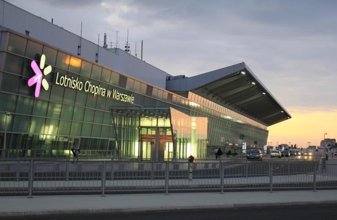 Lotnisko Chopina: Zaczyna się zmiana operatorów sklepów