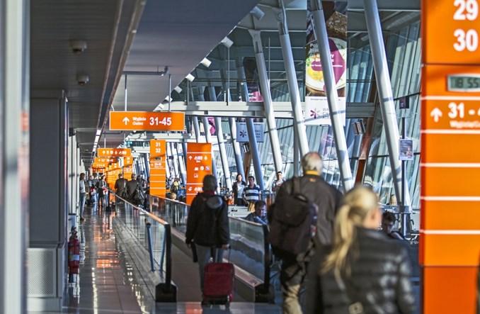 Lotnisko Chopina: Duże szanse, by na koniec roku przekroczyć 15,5 mln obsłużonych pasażerów