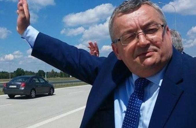 Adamczyk tłumaczy Czarneckiego. Bez ustaleń w sprawie zamknięcia Chopina
