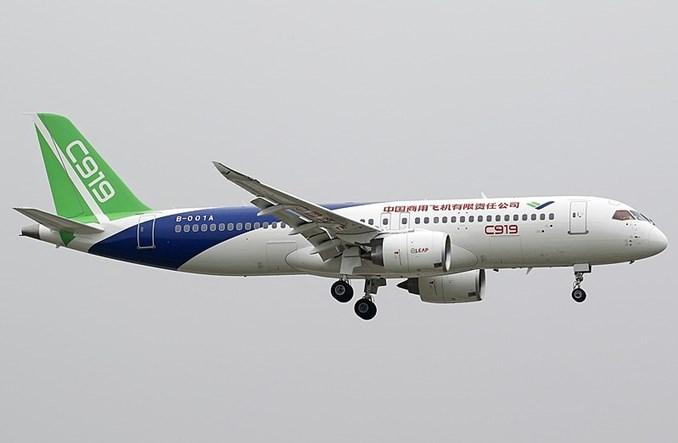 Chiński Comac dostarczy C919 w 2021 roku