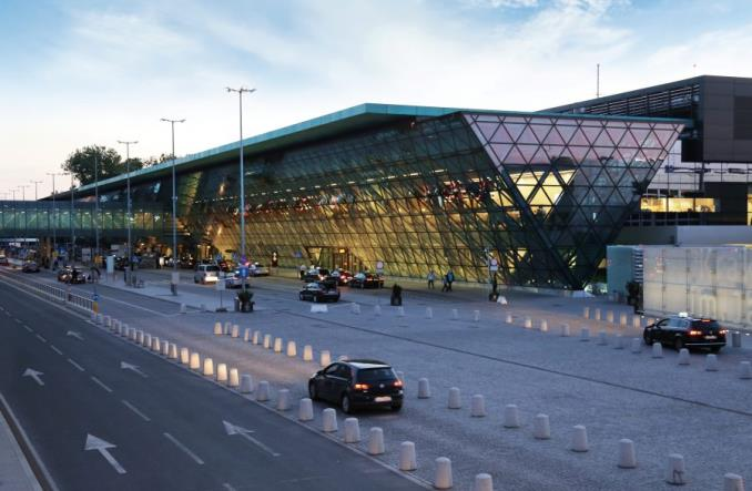 "Kraków Airport rozstrzyga konkurs ""Blisko lotniska"""
