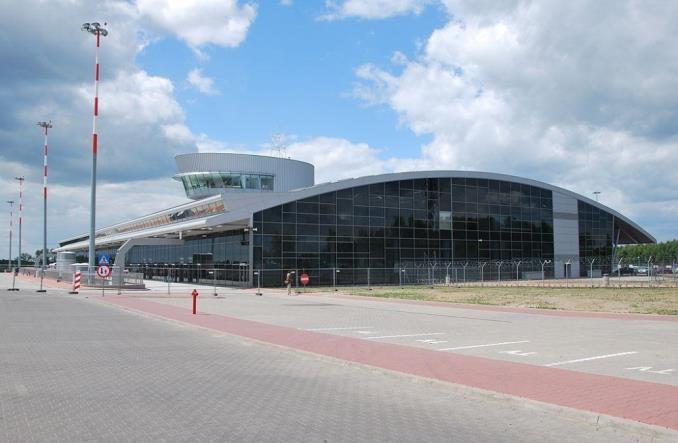 Co z lotniskiem w Łodzi po CPK? Zdanowska: To może być port dla czarterów